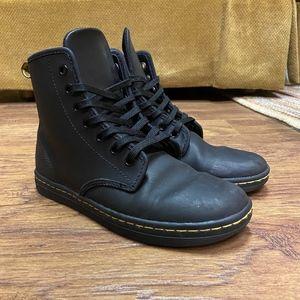 Dr. Marten Shoreditch Leather Boots